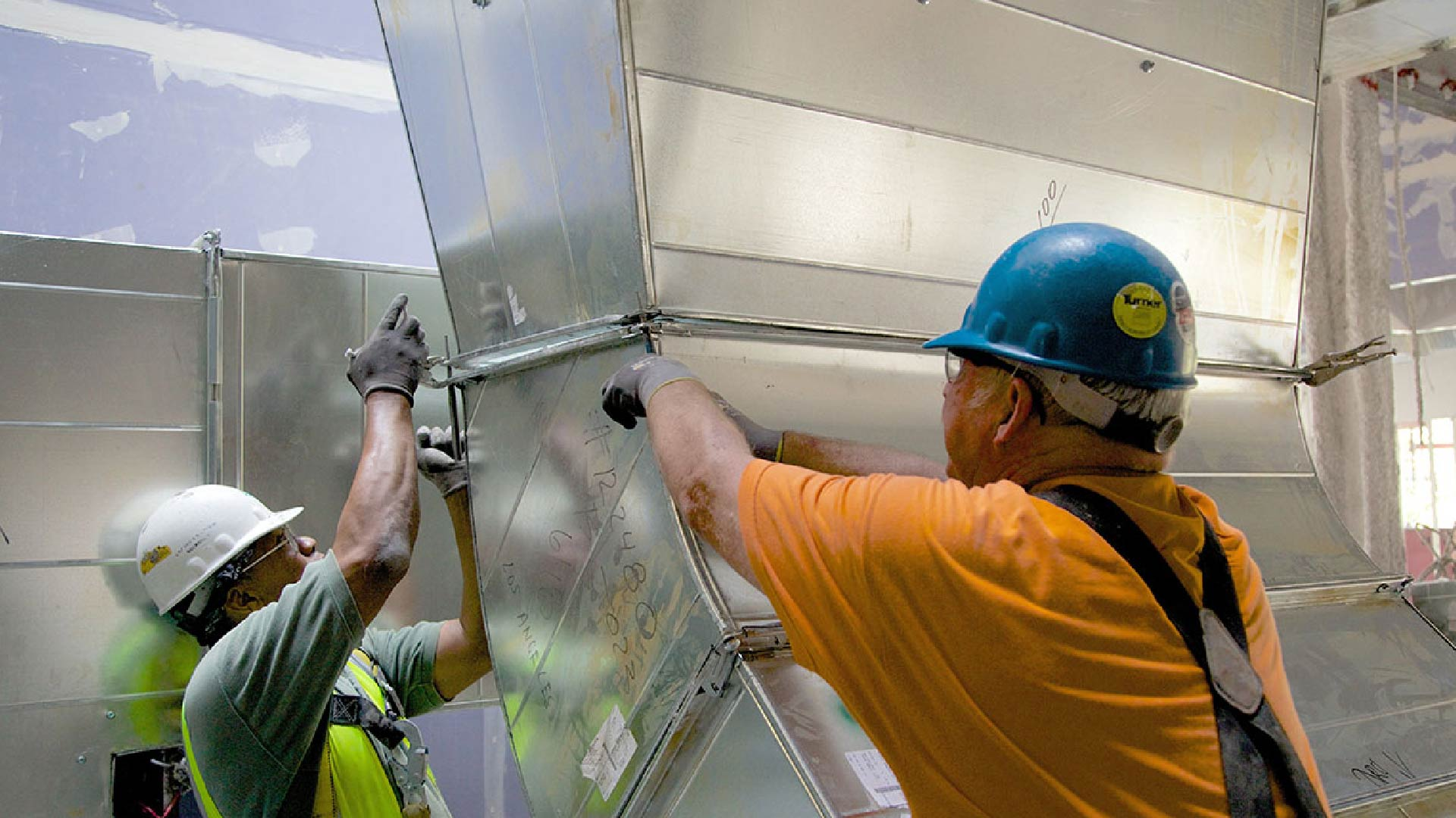 Fiber Duct Board Cleaning & Sanitation | S & R Air Duct Cleaning Services